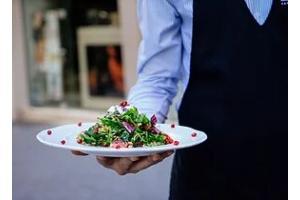 Corso cameriere 100% online in tutta Italia